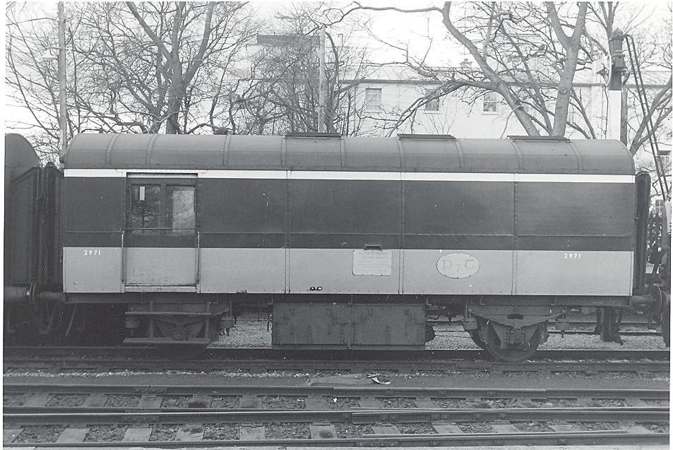 P7T 1 001.jpg