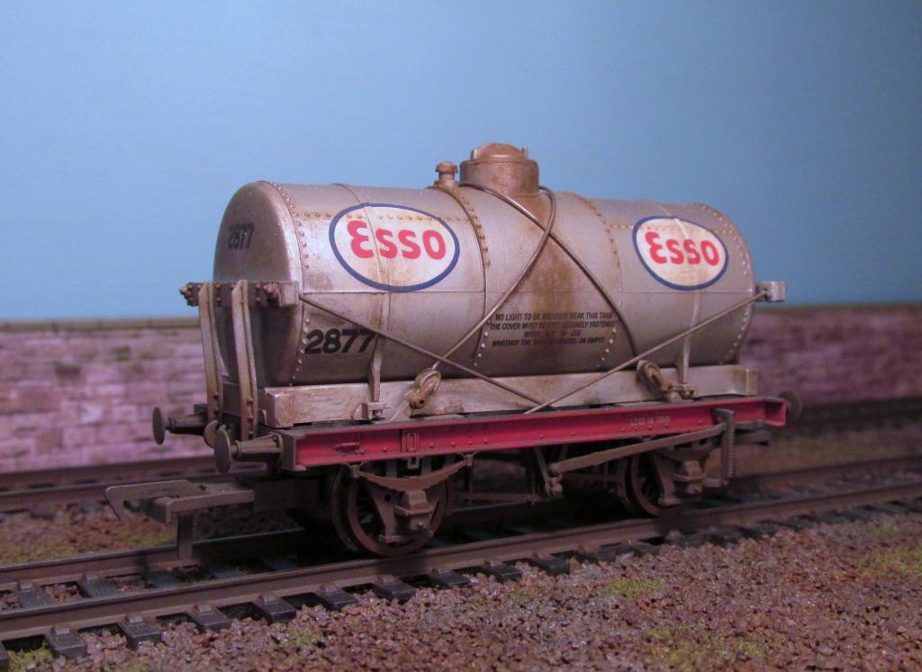ESSO 3.jpg