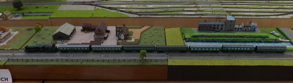 T Trak Layout with 800 class and coaches cropped.jpg