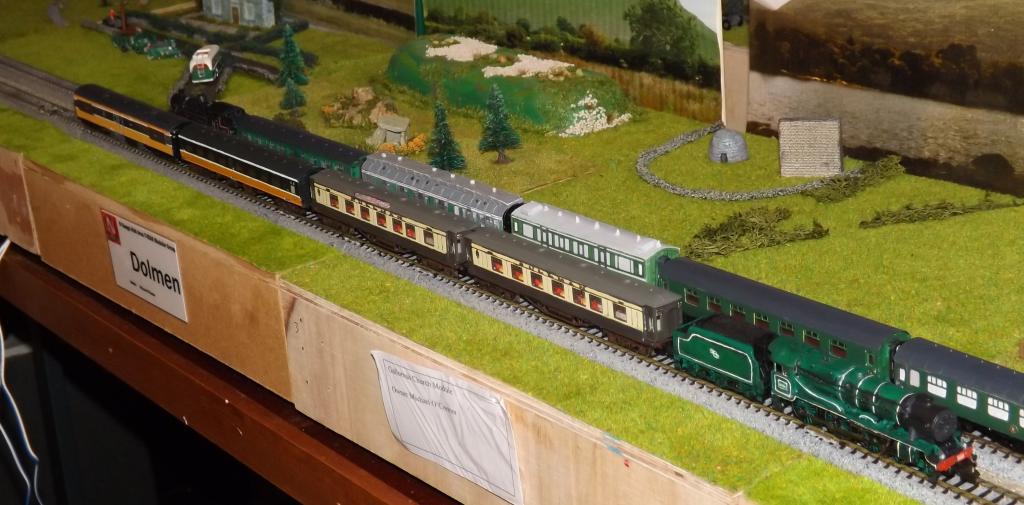 Class 800 cropped.jpg