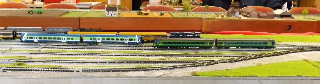 T Trak class 2700 Class 158 cropped.jpg