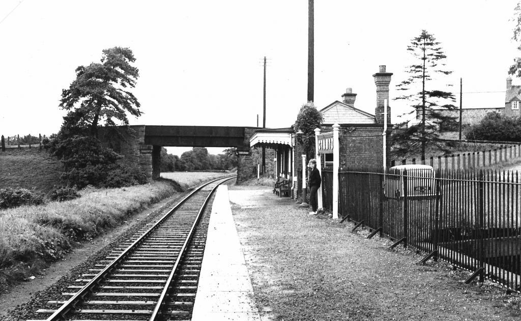 Cynwyd Stat. Up Platform, c.1960.jpg