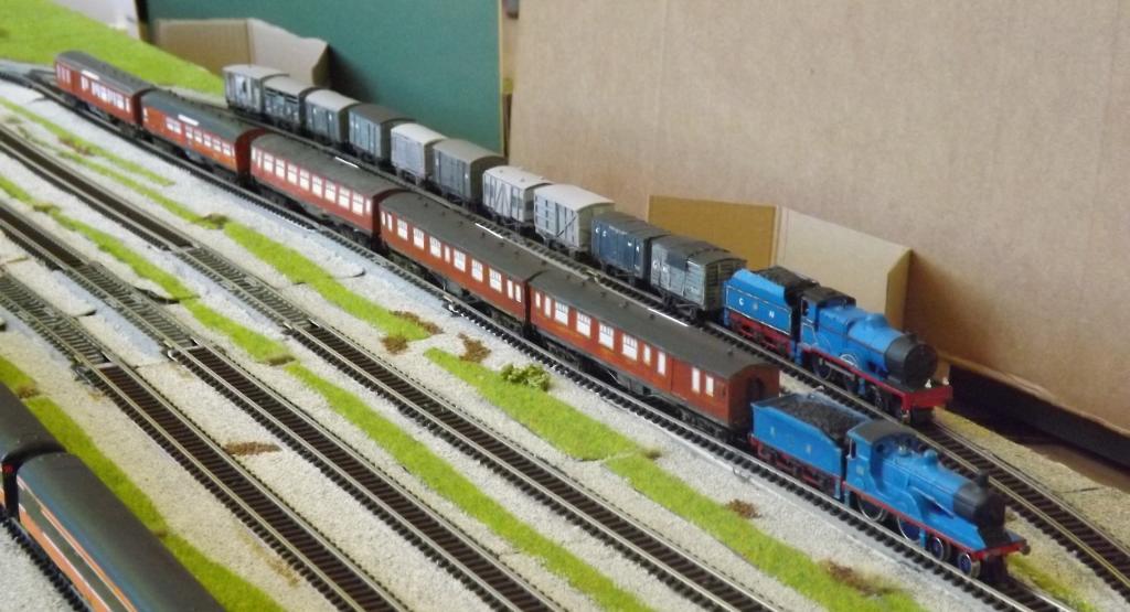 GNR S Class and V Class.jpg