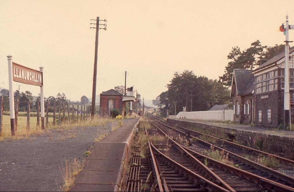 Llanuwchllyn Station, 23_8_66.jpg
