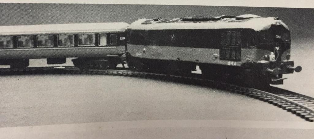 Lima HO Class 33.jpg