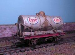 ESSO 14 T silver oil wagon.