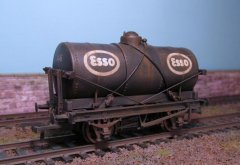 ESSO 14 T oil wagon.