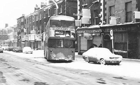 granby bus in snow.JPG