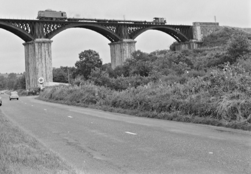 5a5782ba52192_Chetwynd_Viaduct_and_the_Mystery_Car_____Chetwynd_Viaduct_li___Flickr.thumb.png.f1c3510165d56da455e7f43921b67b19.png