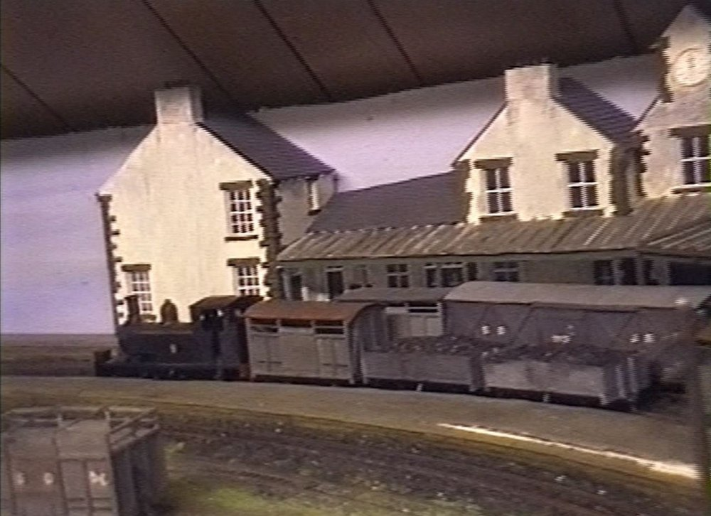 Sligo & Donegal Junction RLY stills from video Oct 2000 now defunct (4).JPG