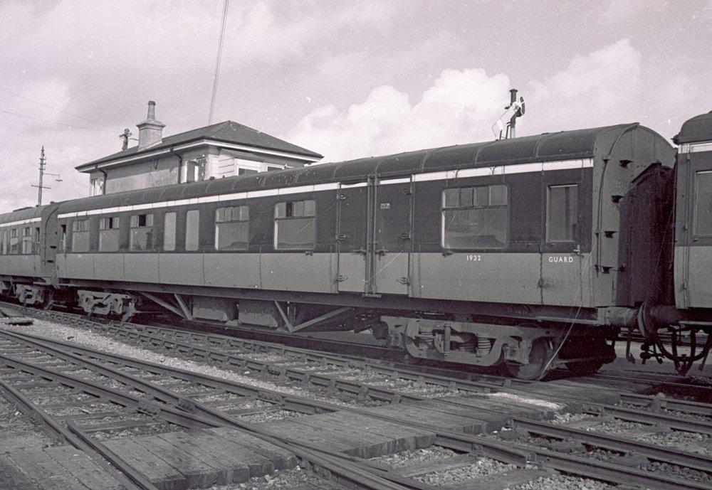 1932 at Claremorris - 1701r.jpg