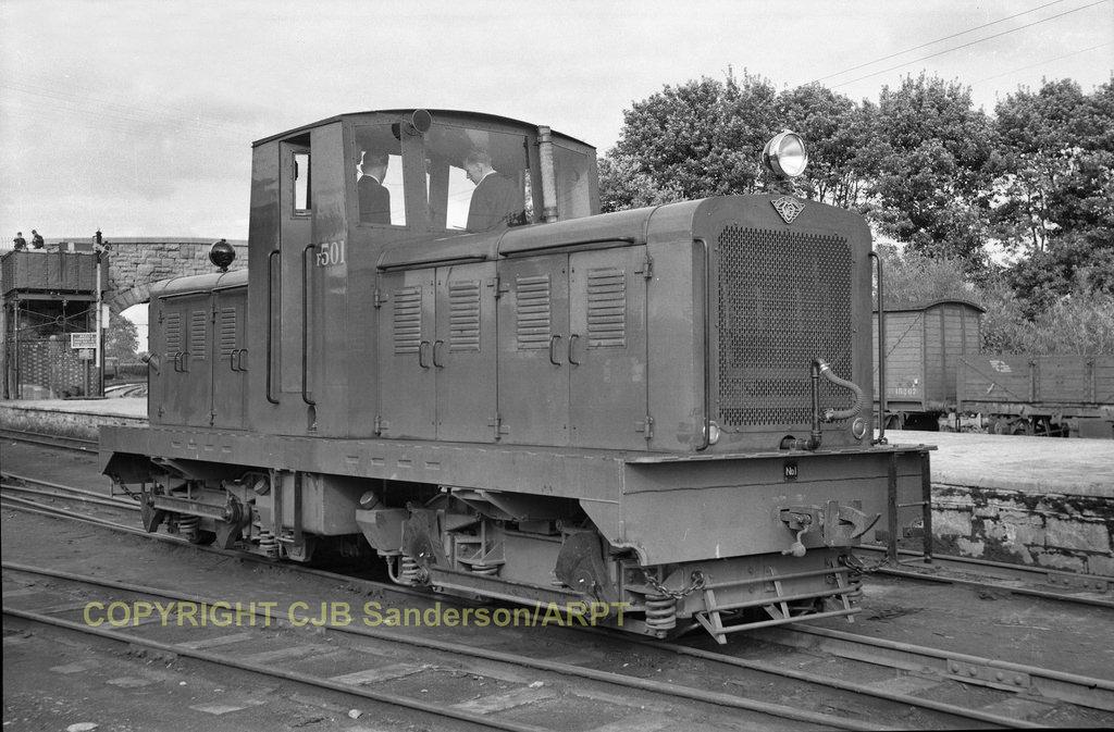 24292497147 f24f7e1ec6 b.jpg.ebf72380671624ee75815e021f139900 - The West Clare's modernisation era